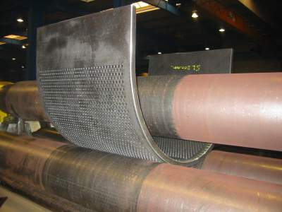 Weldable wear-resistant steel with high titanium content challenges